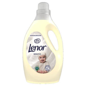 Lenor Sensitive Öblítő Hipoallergén 2905 ml (96 mosás)